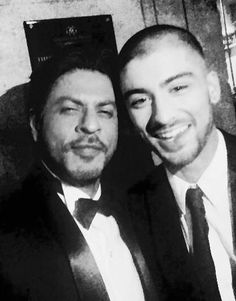 SRK is very show off kind of man but ZAYN MALIK is off the ramp·♥♥♥