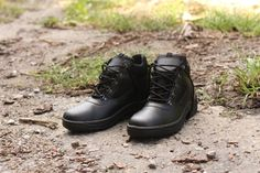 Členková obuv ARCHA vyrobené najmodernejšími technológiami priamo na Slovensku vhodné pre políciu, SBS, Security a iné zložky. http://www.armyoriginal.sk/2715/133490/policajna-obuv-archa-cierna-artra.html