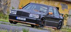 Mercedes W201: Das volle 190er Pfund 91er Baby-Benz lässt die Muskeln spielen