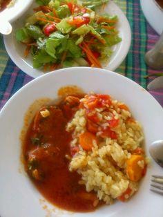 Lovacke snicle, rizoto i salata