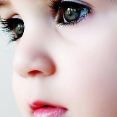 <3<3 Oh my! What beautiful eyes.....