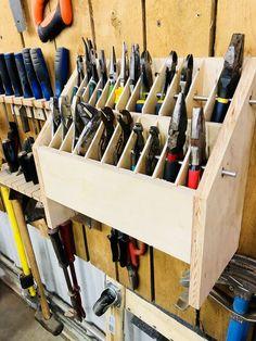 Pliers Organizer Thingy: 6 Steps (with Pictures) Zangen Organizer Thingy - Gunook Garage Workshop Organization, Garage Tool Storage, Workshop Storage, Garage Tools, Diy Storage, Organization Hacks, Storage Ideas, Garage Shop, Organizing Tips