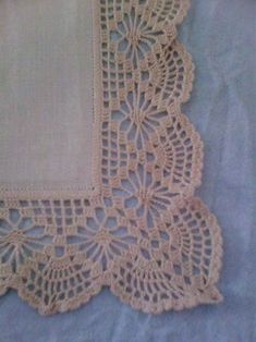 How to Crochet Wave Fan Edging Border Stitch Crochet Edging Patterns, Crochet Lace Edging, Crochet Borders, Doily Patterns, Filet Crochet, Crochet Designs, Crochet Doilies, Easy Crochet, Crochet Stitches