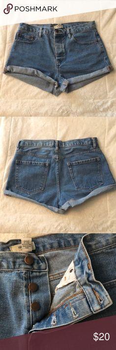 ❣️🎉 F21 Denim Shorts Size 30 Forever 21 denim shorts, size 30, my go-to Disneyland shorts, worn gently Forever 21 Shorts Jean Shorts