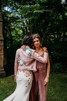 Jungle Fun – Fierce Tropical Wedding Ideas Wedding Jacket, Wedding Suits, Wedding Colors, Wedding Ideas, Wedding Details, Tropical Dress, Heart Dress, Bridal Accessories, Headpiece