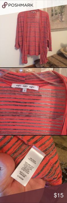 3/4 sleeve lightweight throw over large Coral and charcoal 3/4 sleeves like new condition Tops