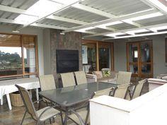 built in braai ideas - Google Search Built In Braai, Decor Interior Design, Beach House, Patio, Goals, Google Search, Decoration, Building, Outdoor Decor