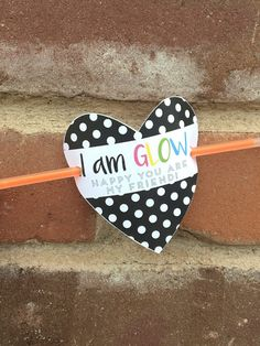 Out of the Right Brain: Glow Stick Valentines {Free Printable}