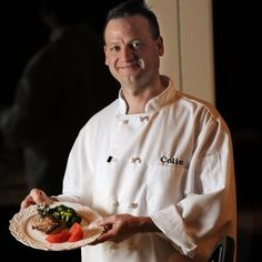 Want to host a private chef dinner party in the comfort of your own home serving delicious and healthy meals? Hire Colin Mauthe who has been a chef cooking in eight countries for over 19 years. Chicago based personal chef: click for reviews and photos!