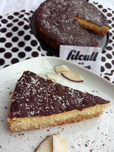 Neskutečně dobrý fit Bounty dort s dostatkem bílkovin a nižším obsahem sacharidů (Recept) | REFRESHER.cz