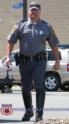 12 Police Uniform Ideas Police Uniforms Police Men In Uniform