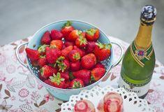 Champagne Strawberry Jello Shots