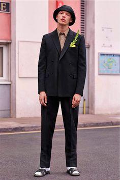 stella-McCartney-debut-ropa de hombre-para-ss17_fy1