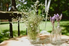 lavender and baby's breath. love these vases too.