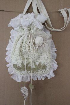 Ivory Lace Handbag Ivory Bridal Handbag by Nazcolleccolors on Etsy Handmade Fabric Bags, Handmade Gifts, Christmas Holiday, Holiday Gifts, Designing Clothes, Bridal Handbags, Sri Lanka, Elsa, Best Gifts