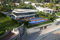 First line superb luxury villa for sale in Dénia - ID 5500415 - Real estate is our passion... www.bulk-partner.com