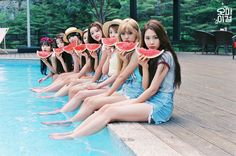 """'Oh My Girl' Wear Fruity-Tank Tops For """"Listen To Me"""" Summer Special Image Teasers"""