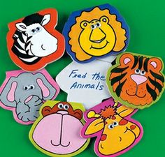 Paper Zoo Animal-Shaped Notepads With Wiggle Eyes (4).  Assorted styles. Includes 32 sheets per pad. 7.6cm x 9cm