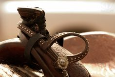 I want to take a picture of the tooled out saddle jonathan makes, blow it up and frame it!