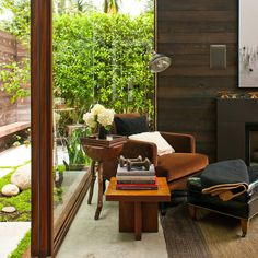 Expanded cottage: Living room - Inspiring Small Homes - Sunset Mini Loft, Small Living Rooms, Living Spaces, Architecture Design, Magazine Deco, Casa Patio, Small House Design, Interiores Design, Decoration