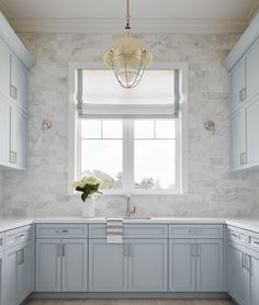 How dreamy is this room? The look was created with our Carrara Venato Subway Marble Tiles. New Kitchen, Kitchen Decor, Awesome Kitchen, Kitchen Ideas, Kitchen Pantry, Casa Feng Shui, Light Blue Kitchens, Blue Kitchen Cabinets, Pantry Cabinets