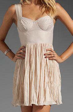 Pretty #tan chiffon dress http://rstyle.me/n/gatuhr9te