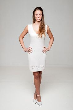 8c0d85ab7c67c5 Wedding Dress LISSY - getting married in a knit dress with V-Neck with  knitted hearts. Bolero Stricken, Braut ...