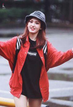 Pin Image by Best Traveling Kpop Fashion, Ootd Fashion, Daily Fashion, Korean Fashion, Jeon Somi, Cosmic Girls, Cute Korean, Korean Celebrities, Kpop Outfits