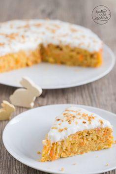 Für mich ist das der perfekte gesunde Karottenkuchen: saftig, fruchtig und zugleich ist der Möhrenkuchen recht fettarm und zuckerarm.