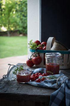 Mermelada de tomate de temporada hecha en casa | Homemade heirloom tomato jam http://saboresymomentos.es