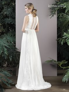 Dress: ISAO / Collection: HANAMI - My Essentials 2017