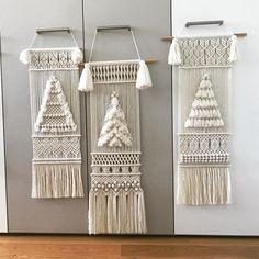 Macrame Wall Hanging Diy, Macrame Plant Hangers, Macrame Art, Macrame Design, Macrame Projects, Macrame Knots, Diy Pillow Covers, Macrame Tutorial, Macrame Patterns