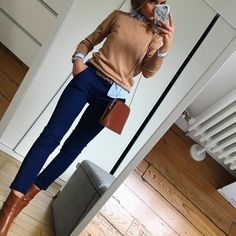 Work and Office Outfits Ideas for Women Check work outfits women professional office wear fall, work Casual Work Outfits, Business Casual Outfits, Professional Outfits, Mode Outfits, Business Attire, Office Outfits, Work Attire, Work Casual, Office Wear