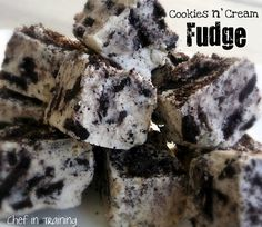 Fudge is one of my favorite Christmas treats. I know we can make it year round, but the taste of it reminds me of Christmas. This recipe is a fun variation on traditional fudge. It also makes for a great neighbor gift! If you love Oreos and white chocolate, you are going to LOVE this …