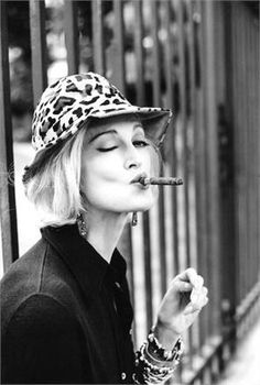 Young Seraphina [Carmen Dell'Orefice], when her fashion career began.