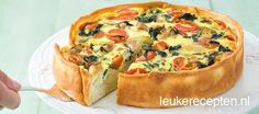 Spinach chicken quiche with tomatoes I Love Food, Good Food, Yummy Food, Chicken Quiche, Buffet, Savoury Baking, Quiche Recipes, Pasta Recipes, Happy Foods