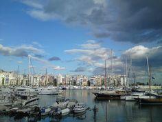 Pasalimani, Piraeus (photo by Vagelis Sikalias)..