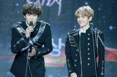 Chanyeol, Baekhyun - 170114 31st Golden Disk Awards  Credit: Demon Angel. (제31회 골든디스크 어워즈)