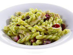 Gemelli com Pesto de Couve e Azeitona - Food Network