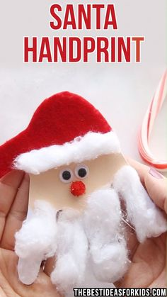 kids crafts recycled materials kinderhandwerk CHRISTMAS CRAFTS FOR KIDS: This Santa handprint card is so easy and cute to make! Kids will love giving this card out for Christmas. Easy for preschool or toddlers to make too with some help. Kids Crafts, Toddler Crafts, Preschool Crafts, Kids Diy, Decor Crafts, Santa Crafts For Kids To Make, Easy Crafts, Preschool Winter, Winter Craft