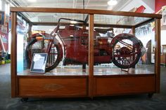 There is a steam powered motorcycle in the Musee Mechanique at Fisherman's Wharf in San Francisco. You can see it for free. It was b...