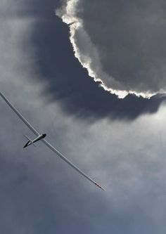 Glider & cloud