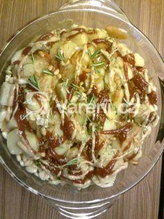 Tento recept jsem dostala od kamarádky a doteď nedělám brambory jinak. Gnocchi, Poultry, Potato Salad, Cabbage, Food And Drink, Cooking Recipes, Meat, Chicken, Vegetables