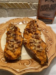 Add a bit of sweetness to your dinner sides this week with these yummy twice baked sweet potatoes topped with bourbon maple & walnuts. Sweet Potato Casserole, Sweet Potato Recipes, Gourmet Recipes, Dessert Recipes, Whole30 Recipes, Drink Recipes, Desserts, Holiday Recipes, Great Recipes
