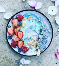 "1,462 Likes, 32 Comments - ami | vegan | sydney (@the_sunkissed_kitchen) on Instagram: ""My dad wanted some coconut yoghurt & berries...so I made him this....(he looked at me like I was a…"""