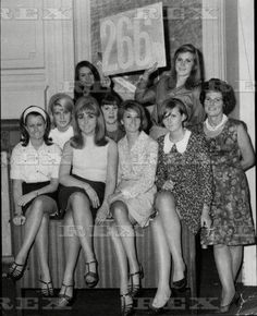 The girls of Radio London, 1966 Beautiful Outfits, Beautiful Women, Mod Look, Sweet Charity, Carnaby Street, Girls Slip, London Clubs, Special Pictures, Famous Girls