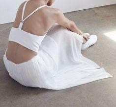 MINIMAL + CLASSIC: Shaina Mote & Raquel Allegra via the Dreslyn / beautiful & elegant white