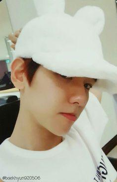 Baekhyun - 161220 'For Life' album photocard - Credit: Baekhyun9205O6.