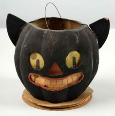 Lot # : 86 - Paper Mache Cat Jack-O-Lantern with Pointed Ears. Halloween Items, Halloween Signs, Holidays Halloween, Halloween Crafts, Happy Halloween, Halloween Clay, Halloween Goodies, Spooky Halloween, Vintage Halloween Images