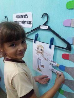 Cabide das Características — SÓ ESCOLA Cultura Maker, 1st Day, Home Schooling, Literacy, Activities For Kids, Homeschool, Classroom, Teacher, Education